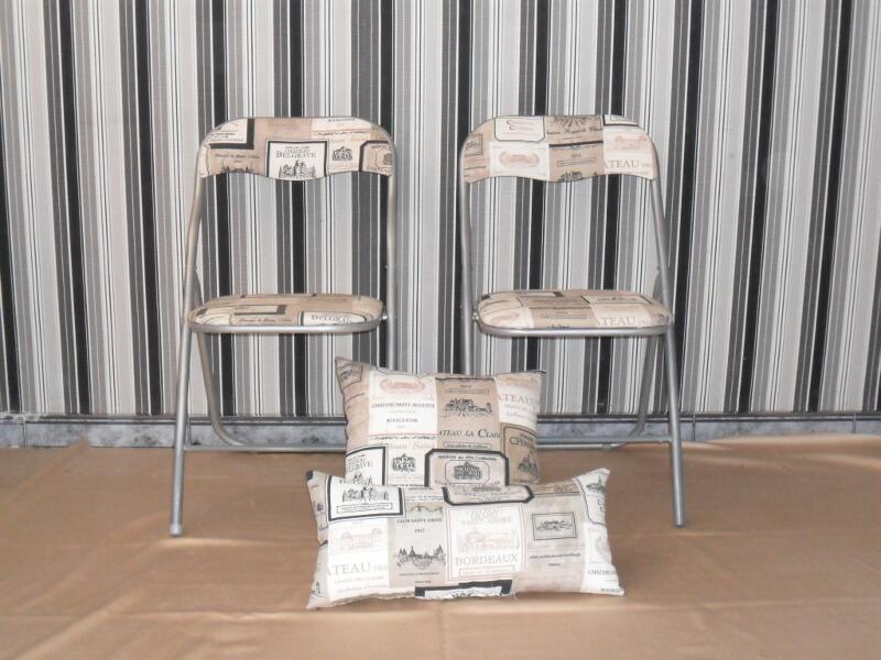Conjunto de dos sillas de cocina de metal, tapizadas en tela de ...